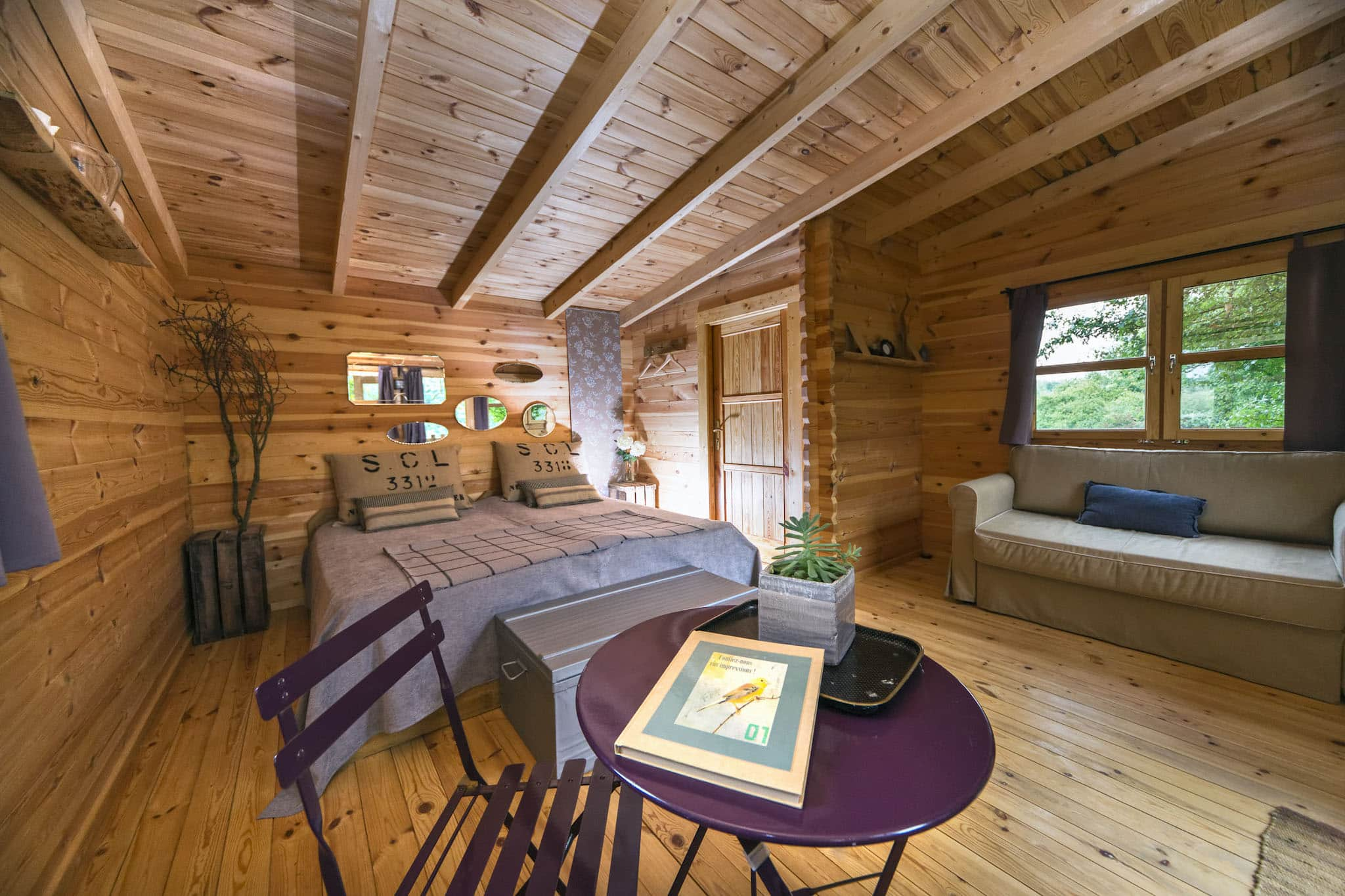 photos Sparrowhawk and falcon cabins (single beds)